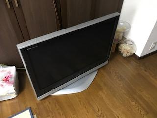 ビエラ 液晶カラーテレビ 37インチ を回収しました 大阪市阿倍野区ゴミ屋敷遺品整理は関エコへ