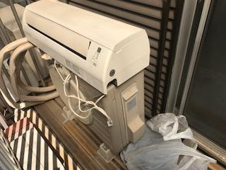 エアコンR410を回収しました 大東市氷野ゴミ屋敷遺品整理は関エコへ